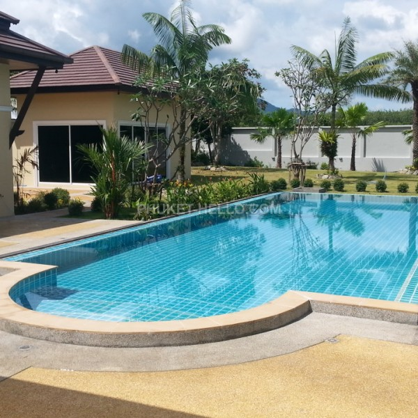 Chalong Ananda Resort 5 bedrooms