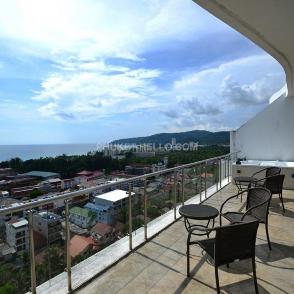 Penthouse in Sunset Plaza 4 bedrooms